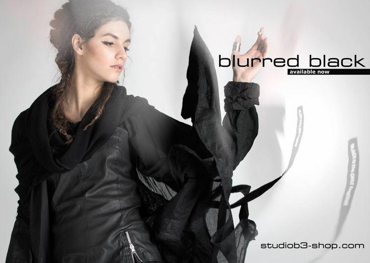 blurred black | Studio B3 |