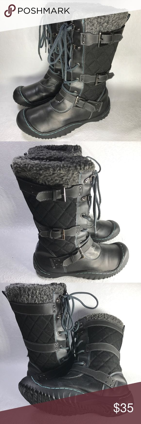 J-41 Jeep Engineered Traction boots Mid-calf Shows Minor Signs of Wear Jeep Engineered Traction Sole J-41 Brand Quilted nylon upper lined with faux fur  Lace Up  Medium width J-41 Shoes Winter & Rain Boots