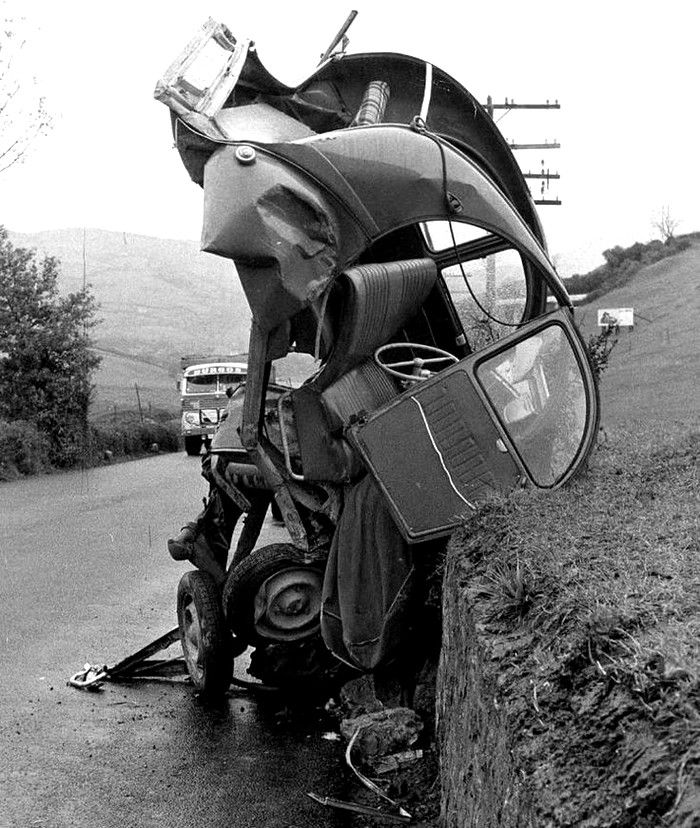 les 78 meilleures images du tableau accidents de voitures sur pinterest