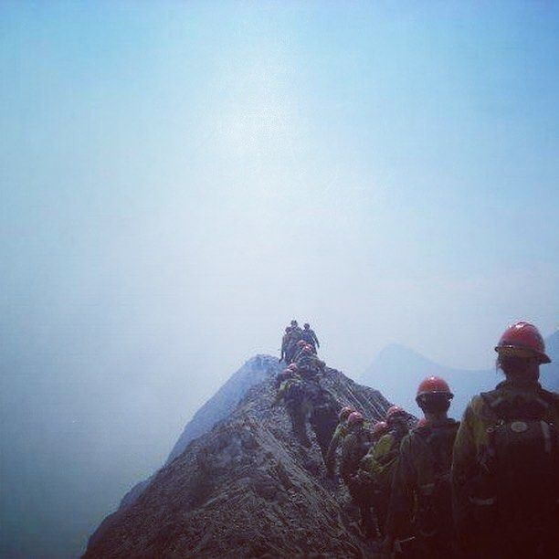 """128 Likes, 2 Comments - US Hotshots Association (@us_hotshots) on Instagram: """"This will wake you up. Helena Hotshots walking up a knife ridge line in 2007. Photo credit…"""""""