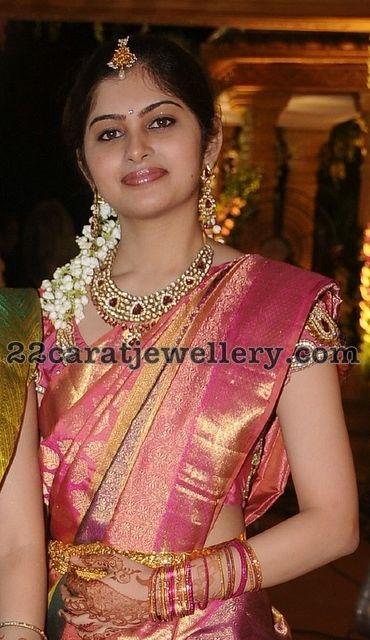 Rich Kundan Necklace, south indian bride, silk brocade bridal saree