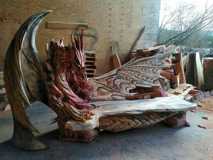Dragon bench by Igor Lostukow