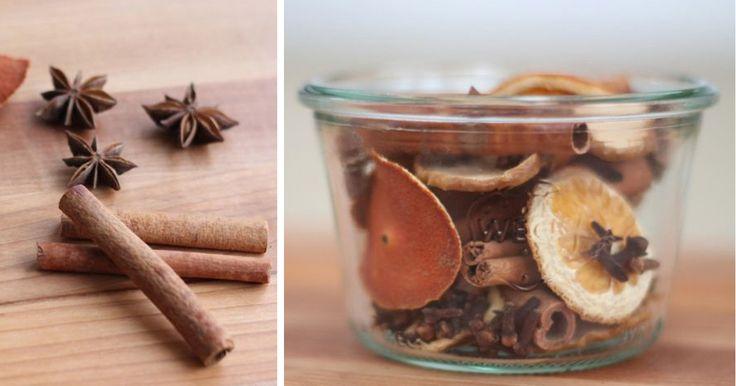 Nevoní vám kupované aromatické balíčky? Připravte si domácí purpuru, která není cítit umělými náhražkami vůně. V pěkném balení může být skvělým dárkem. Ingredience hřebíček svitky skořice badyán pomeranče jablka Postup Dejte předehřát troubu na 250 °C. Jablka a pomeranče nakrájejte na velmi tenké plátky. Plátky pomerančů a jablek poskládejte v jedné vrstvě na plech vyložený ...