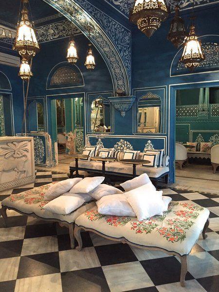Bar Palladio Jaipur, Hotel Narain Niwas Palace, Jaipur, India.