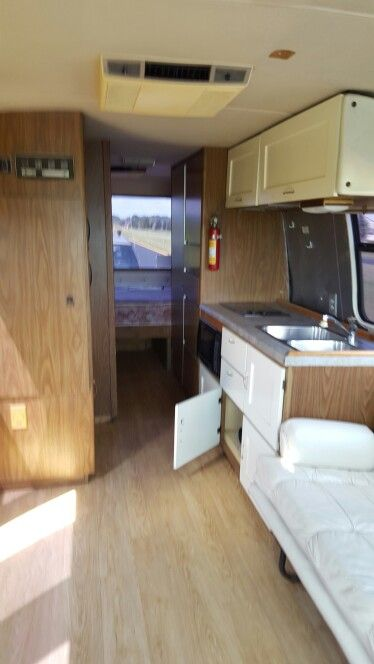 GMC MOTOR HOMES FOR SALE louiemusic22@yahoo.com Interior