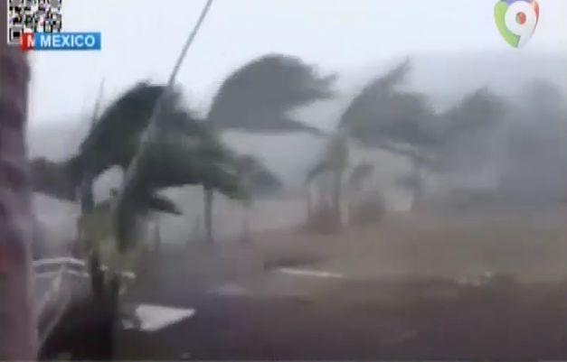 Los Fuertes Vientos Del Huracán Patricia #Video