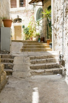 the old city - Jerusalem, Israel...I get chills just thinking what would it be like walking the same streets as Yeshua...
