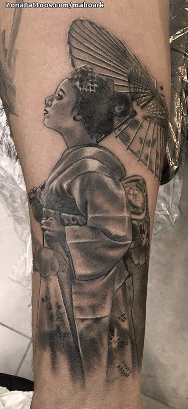 Tatuaje hecho por Mariano de Alicante (España). Si quieres ponerte en contacto con él para un tatuaje/diseño o ver más trabajos suyos visita su perfil: https://www.zonatattoos.com/mahoark  Si quieres ver más tatuajes de geishas visita este otro enlace: https://www.zonatattoos.com/tag/208/tatuajes-de-geishas  Más sobre la foto: https://www.zonatattoos.com/tatuaje.php?tatuaje=110054
