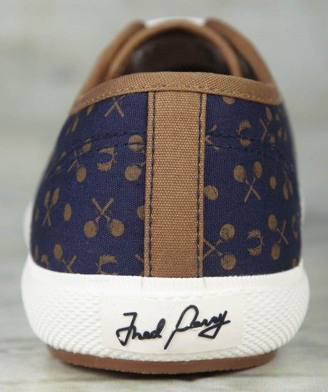 Fred Perry - Men's Woodford Canvas Plimsoll