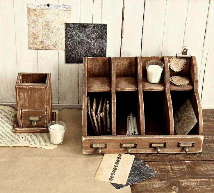 Купить Бюро для бумаг Letter Box (4 отдела) - коричневый, бюро, стойка, для писем, для бумаг