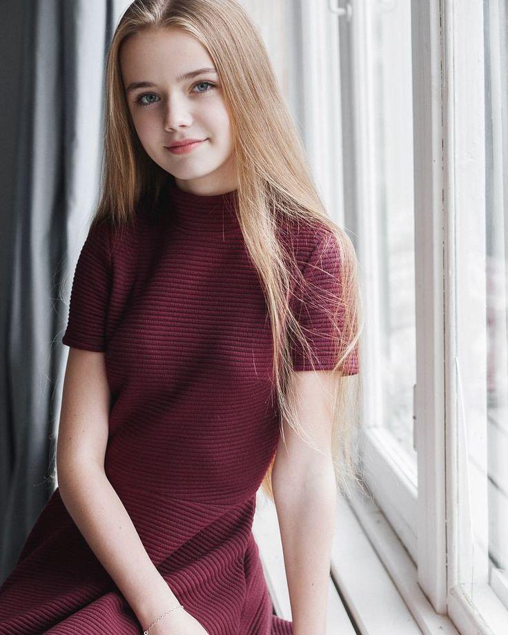 doll-teen-model-lipstick-fetish-galleries