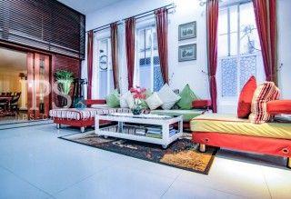 Daun Penh Townhouse for Rent – 7 Bedrooms    - Located in Daun Penh  - 4 Floors  - Fully Furnished  - 7 Bedrooms  - Large Kitchen  - 2 Balconies  - Car parking