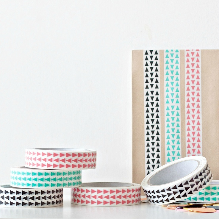 New Tape at Seventy tree: Trees Decor, Triangles Tape, Gifts Wraps, Masks Tape, Seventies Trees, Washi Tape, Paper Planes, Masking Tape, Simple Gifts