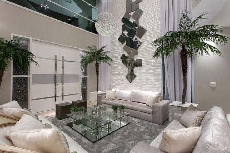Salas, Livings, cores claras, branco, sofá sued, tapete fios de seda, mesa de centro vidro