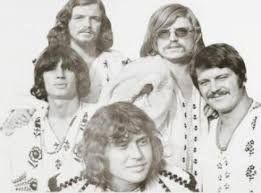 A képen az Illés együttes tagjai láthatóak.