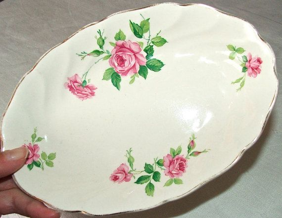 RESERVED FOR CONNIE Vintage English Johnson Bros. \ Old Chelsea\  pink rose patterned small oval dish plate. Johnson Brothers ChinaJohnson ... & 294 best Johnson Bros images on Pinterest | Johnson bros Johnson ...