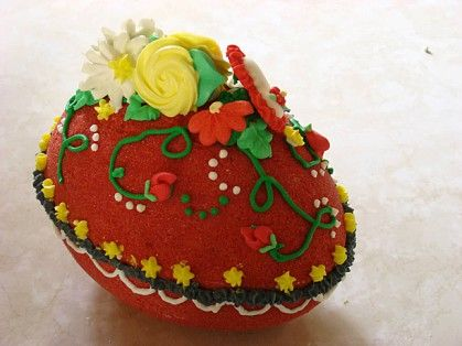 Red sugar egg decorated by Aurelia Frei 2011 ThisLife