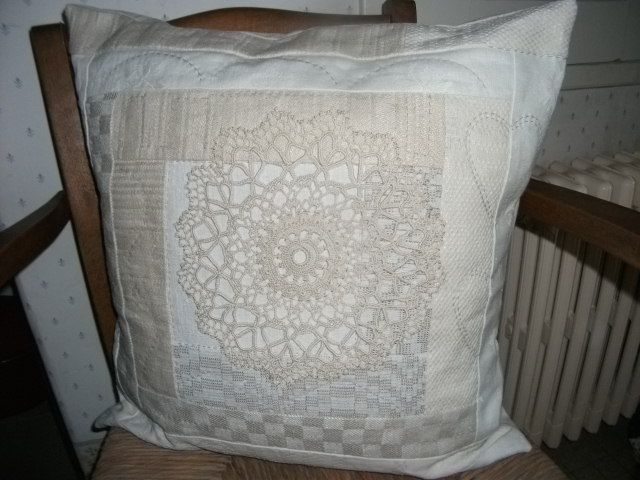 Pillow, vintage linnen and doily