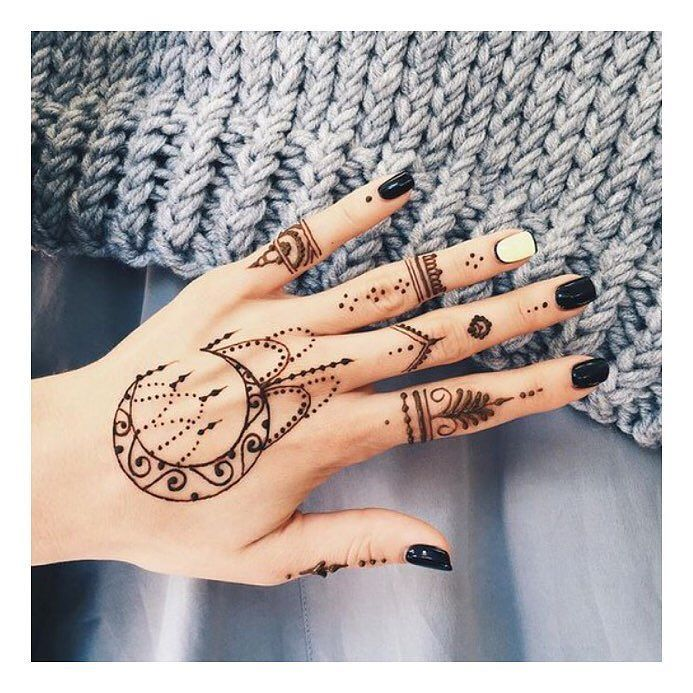 Today's Mood: Henna & Chill we've been working so hard these past couple of weeks to get all our orders out so we deserve a day off!  Remember get 15% OFF your first order use code INSTA15 at checkout  #namaste #henna #wicca #crystals #boho #bohojewelry #bohonecklace #bohoring