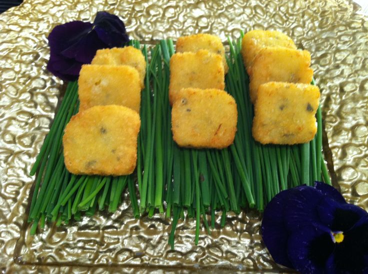 Mint Catering NYC passed hors d'oeuvres | Hors D'Oeuvres | Pinterest ...