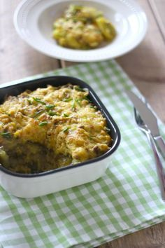 Kerrie-ovenschotel met gehakt, bloemkool en aardappel