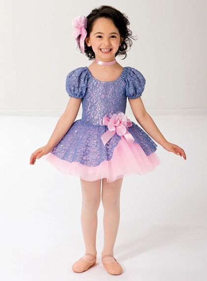 Costumes Debut RV0128 with free uk delivery on all orders over £60.