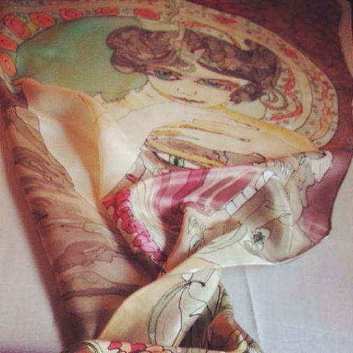 #Pintura #Seda #Art #Emotions #Silk #Charo #HandMade #Scarf #Elegant #Paint  charosantaursula.com/web Twitter: @rsantaur Facebook: Emotions Art & Silk