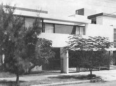 Casa con apartamento, Mar de Mármara 2094, Country Club, Guadalajara, Jalisco, México 1958 Arq. Jaime Castiello Camarena - House with apartment, Mar de Marmara 2094, Country Club, Guadalajara, Jalisco, Mexico 1958
