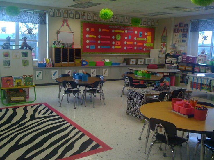 Classroom Design Arrow Or X : Je veux le tapis zébré all about classroom pinterest