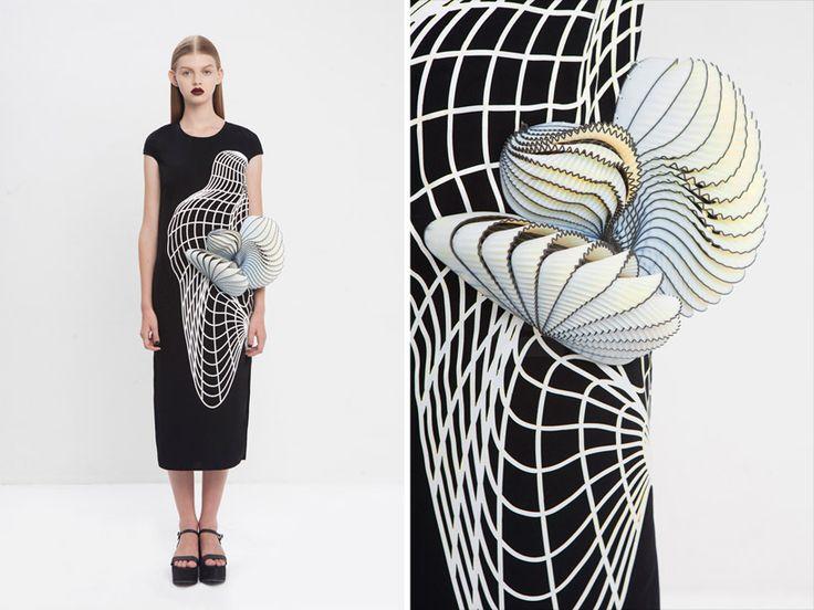 Israeli Designer Wins International Award For Stunning 3D Printed Fashion