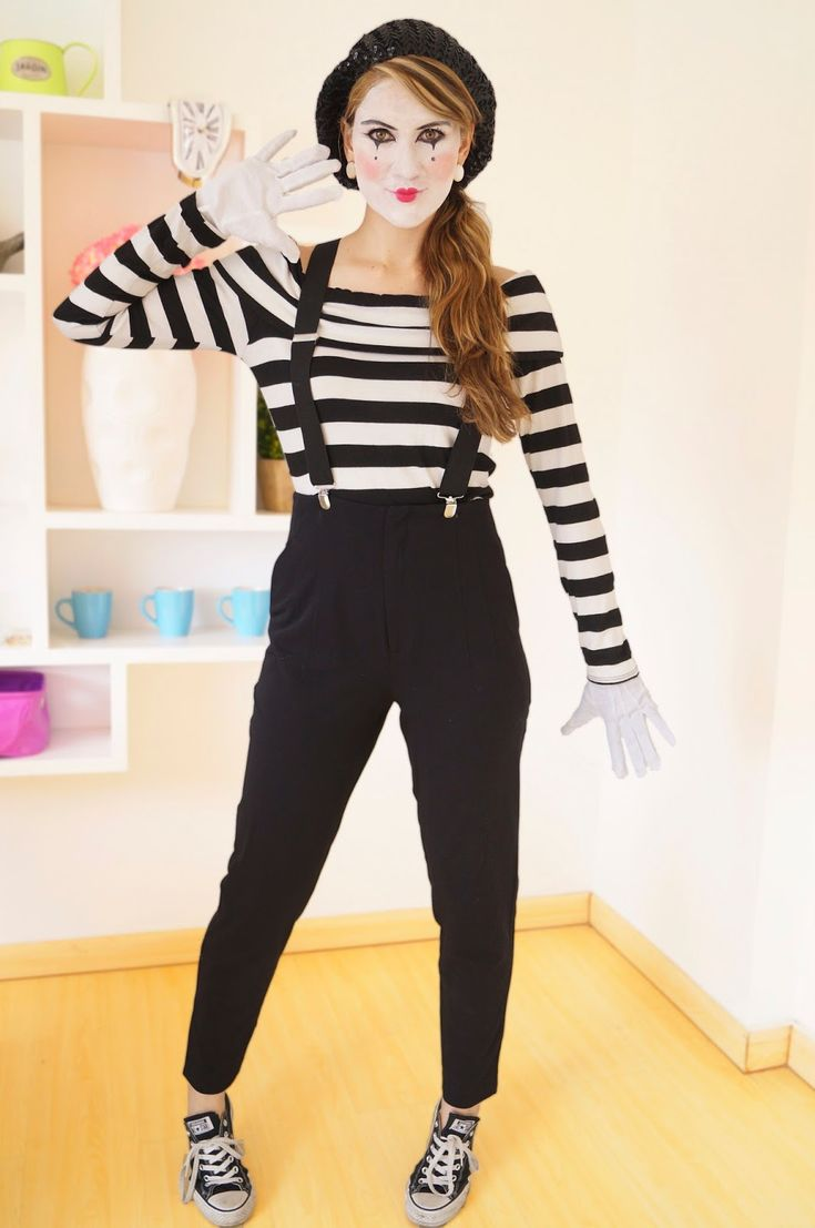 Homemade Mime Halloween Costume. Click through for tutorial