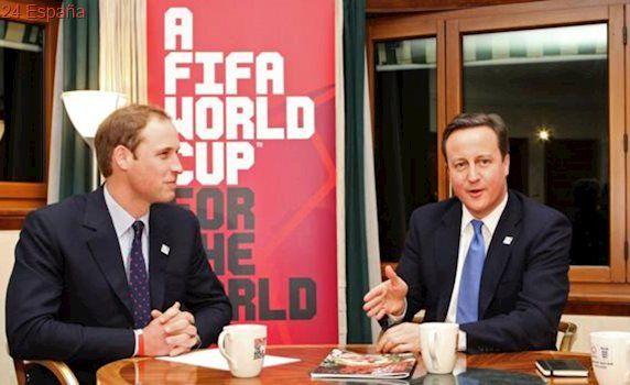 El Príncipe Guillermo y Cameron, salpicados en el «Informe García»