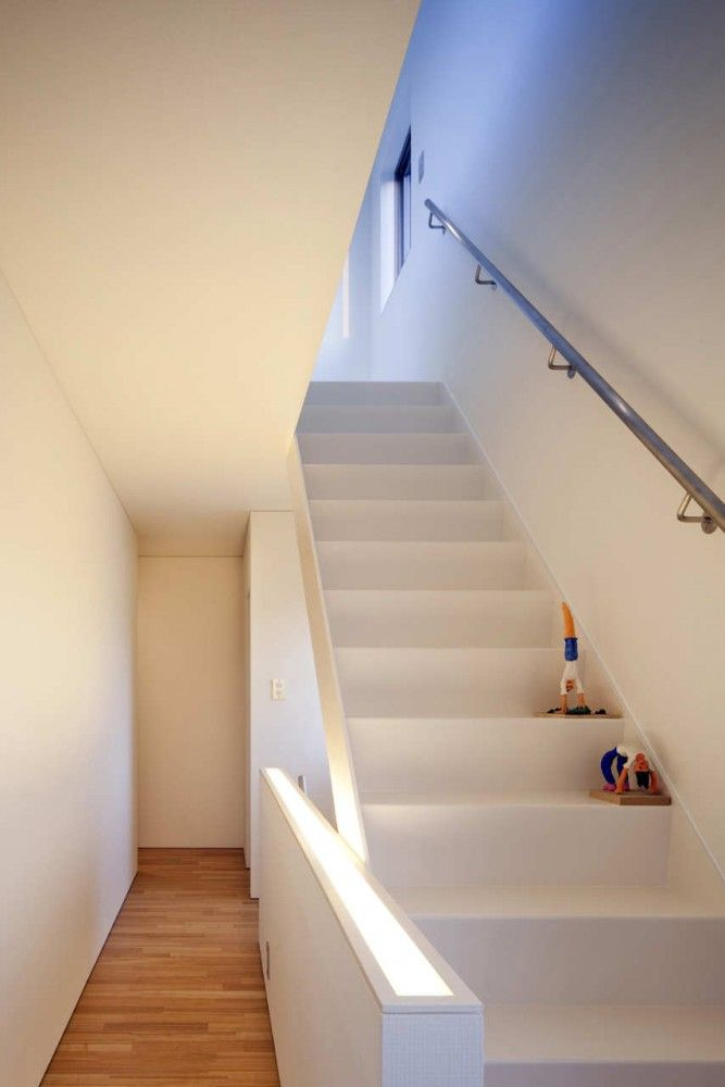 30 best glass balustrades images on pinterest glass for Stair and railing solution
