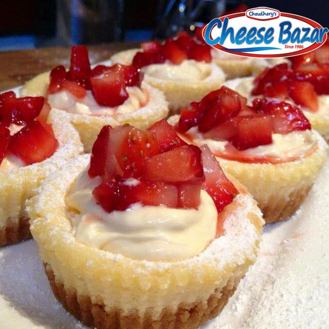 Mini Baked Strawberry & Cream Cheese Cakes Recipe  Ingredients:  250g softened cream cheese 1/3 cup caster sugar 1 Egg 1-2 tbs lemon juice (I like the extra zing of 2) 5 tbs thickened cream (cream with at least 35% fat) 150-200g biscuits (cookies). I often use Arnotts Nice, but use your favourite. Try Ginger Nuts for something different 70-100g melted butter (use the larger amounts of butter & biscuits if you prefer a thicker base)