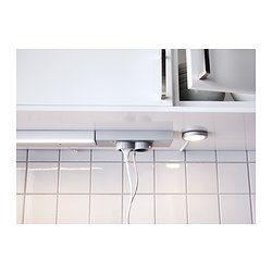 IKEA - UTRUSTA, Bloc 2prises et port USB, blanc, , Vous permet de brancher votre cafetière ou votre robot ménager et de recharger votre téléphone sur la même prise.