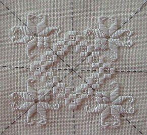 i love working on a grid like this. dit link heerlik op met knipsel-kuns. Ricamo Hardanger