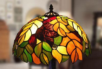 Tiffanylampor Polarfox - Bordslampa Oak Ø 31cm