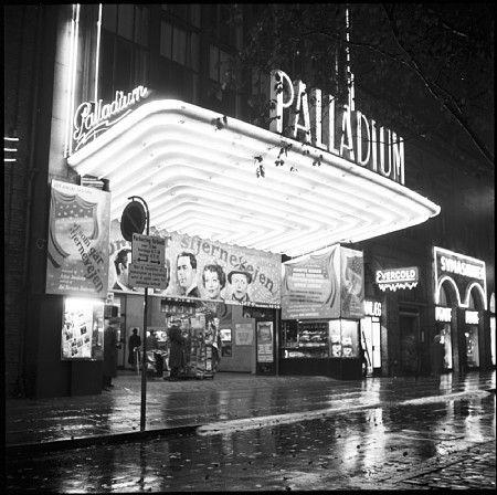 Når vi på Vesterbro i København i 1950′erne skulle i biografen, havde vi flere muligheder. I de første 15-16 år af mit liv boede jeg – og mine forældre og søster - i Istedgade, helt oppe ved Enghave Plads. #Vesterbro #Bio #Biograf