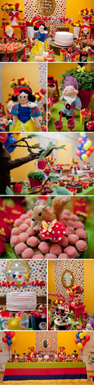 Festinha da Branca de Neve (Snow White Birthday Party)