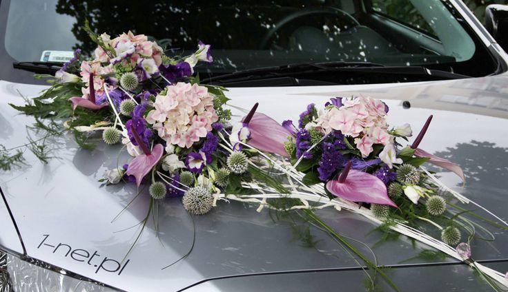 Korso na samochod - kompozycja kwiatowa na pojazd Panny Mlodej: www.kaja.lebork.pl   #wesele #dekoracjeslubne #weddignflowers #cardecorations