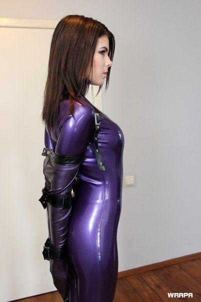 Olivia latex 66