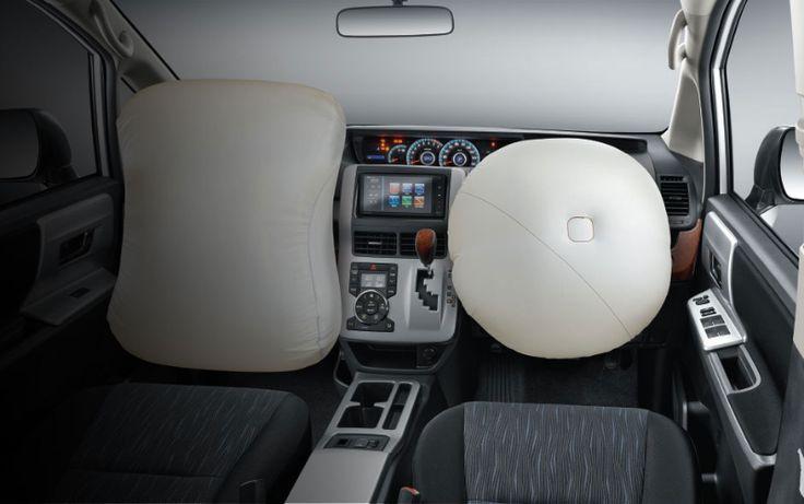 Toyota Nav1 V Interior 9