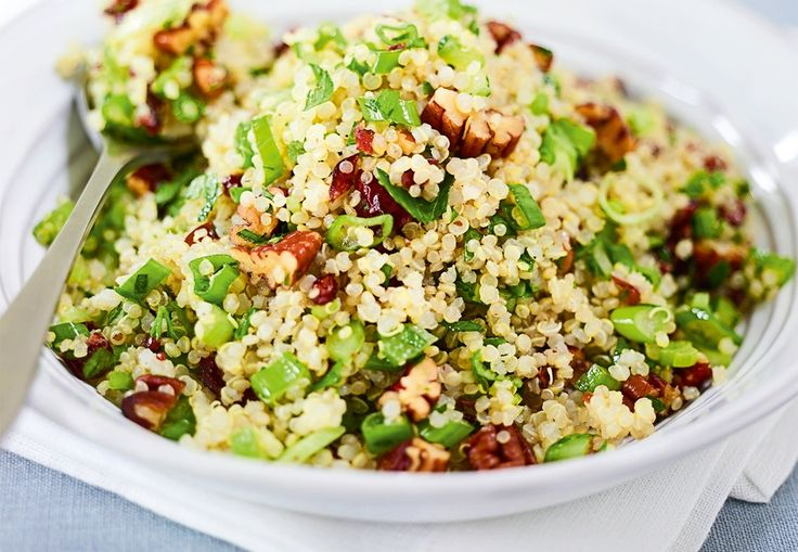 Denne lekre salaten er deilig tilbehør til julematen, ostefatet eller som en sunn lunsj.