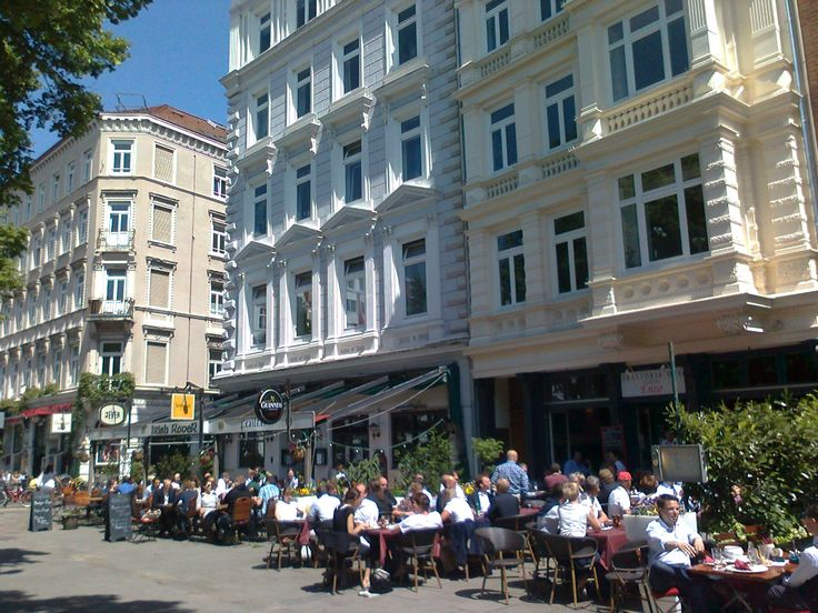Großneumarkt,Hamburg-Neustadt; Restaurants,Cafes,Bars,Shops!