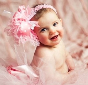 Playing With Your Baby – How To Make An ImpactCutest Baby, Hairbows, Little Girls, Baby Pictures, Pink, Baby Girls, Hair Bows, Big Bows, Baby Photos