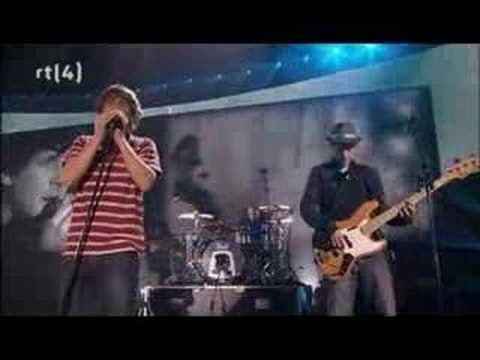 Racoon - Laugh About It (De vrienden van Amstel live! 2007) - YouTube