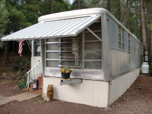 Eames in a Box: A 1959 Spartan Carousel trailer with a fantastic circular kitchen - Retro Renovation