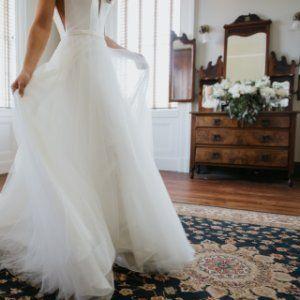 43f8183b7d7 Simple Wedding Dress with V-Neckline