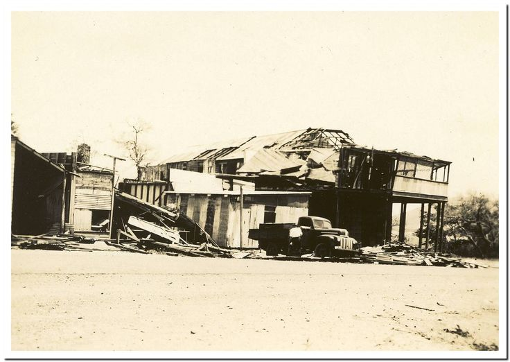 1949 Cooktown Cyclone: Great Northern Hotel.
