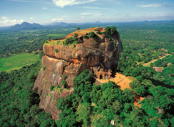 Fellow travelers frequently ask me if there are any places I have been that I would go back to in a heartbeat. Well, Sri Lanka quickly comes to mind (I'm currently planning my third trip there). Wh...
